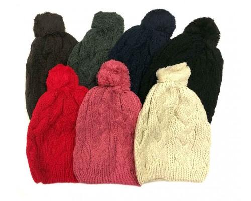 Ladies Knitted Hat w/ Pom